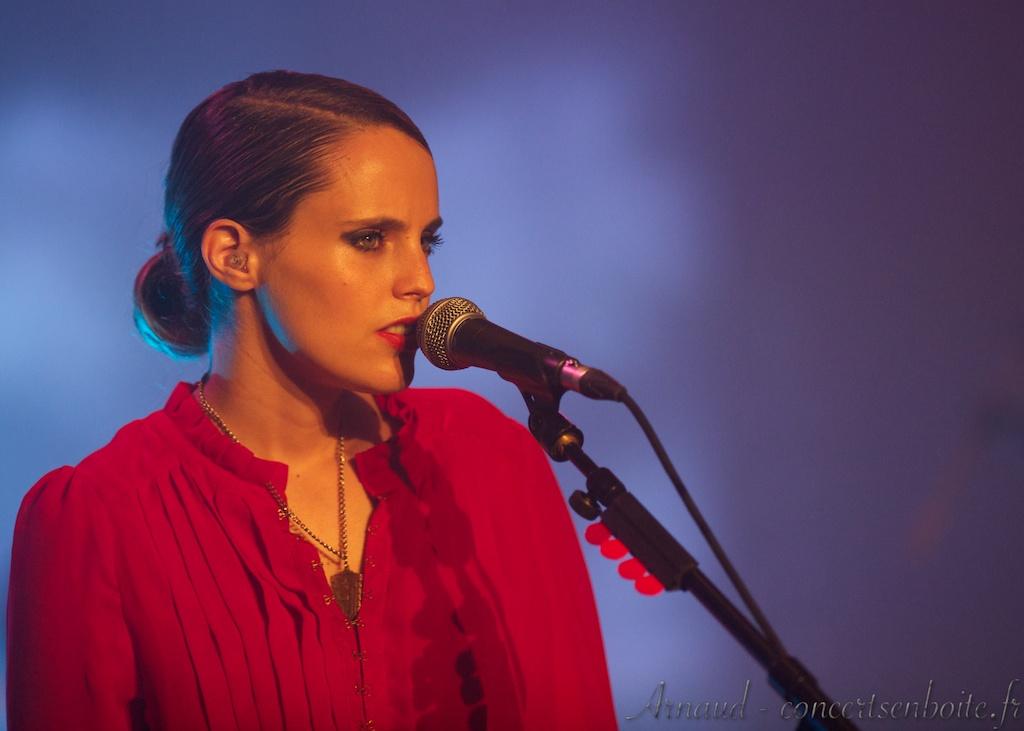 photo live de Anna Calvi