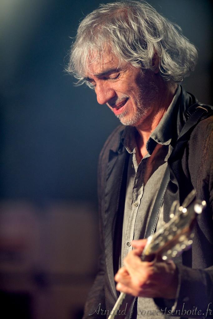 Review photos & chronique concert Louis Bertignac à Carry le