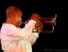 cliché du live - Hugh Masekela  - Amphitheatre - Chateauvallon 04-06-10