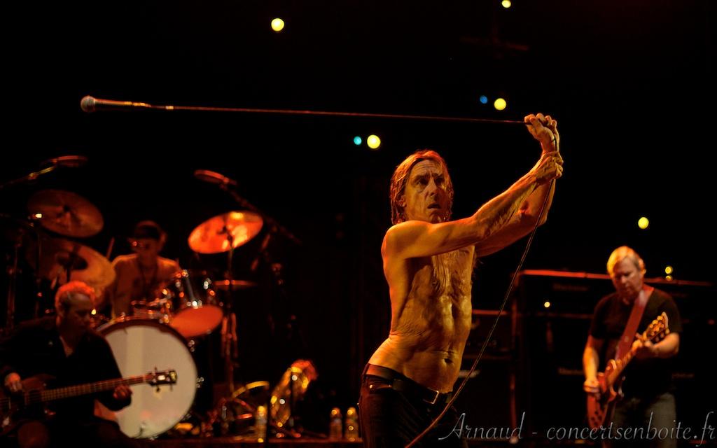 Photo Live du concert de Iggy Pop And The Stooge - Pavillon de Grignan - Istres 12-07-2010
