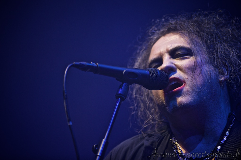 photo live de Robert Smith